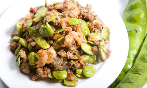 ried stink bean with shrimp paste and minced pork