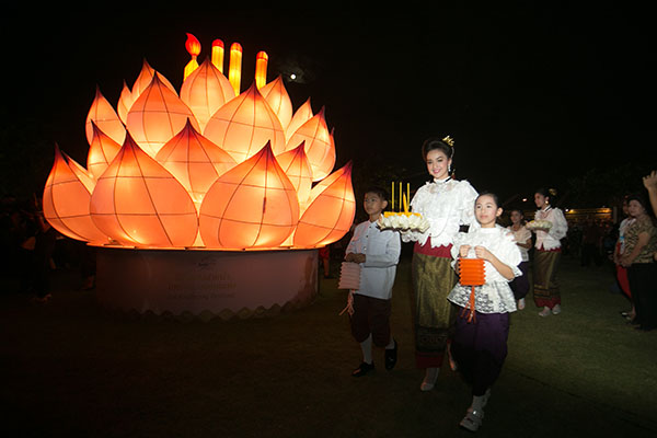 Loi Krathong in Bangkok 2015