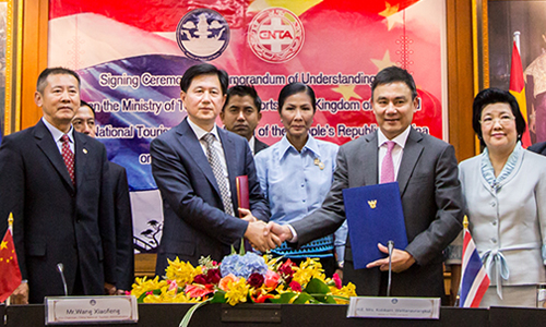 Thailand and China sign an MOU to develop quality tourism