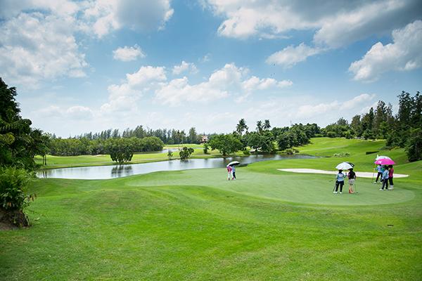 women's golf in Thailand
