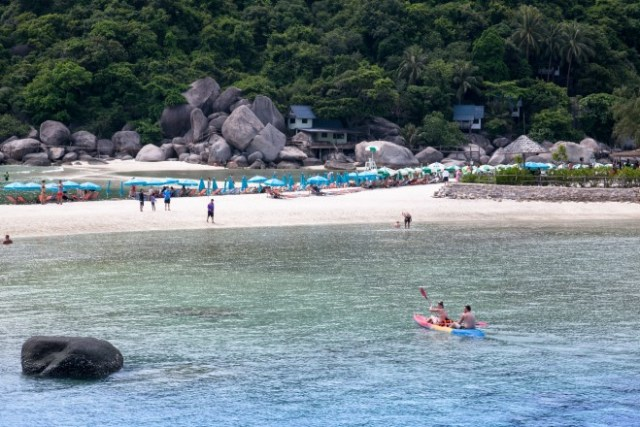 Koh Phangan – a tranquil getaway in the Gulf of Thailand-Batik