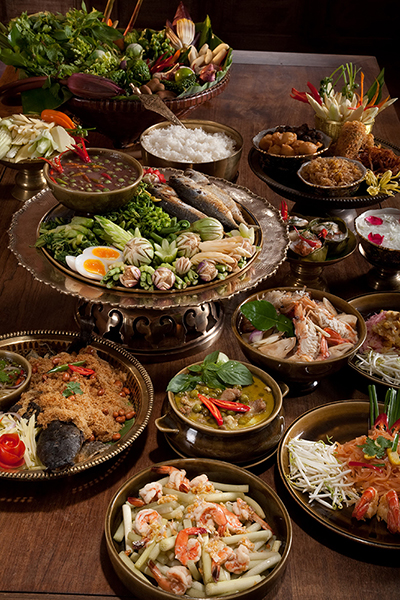 Discover Thai Cuisine through its famous four regions - Central