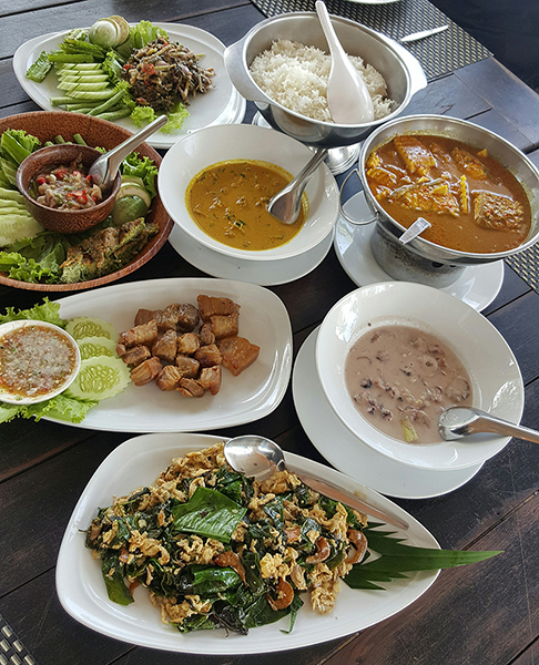 Discover Thai Cuisine through its famous four regions - Southern