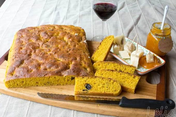 Tagliatelle vom Butternusskürbis mit Pesto aus Karottengrün und Estragon