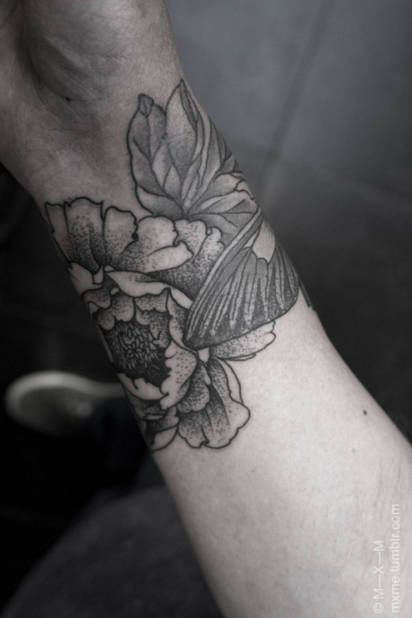 20 Medium Black And White Flower Tattoos No Shading Ideas And Designs