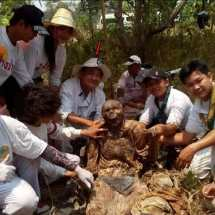 Black Magic Corpse Toraja Indonesia - Year of Clean Water