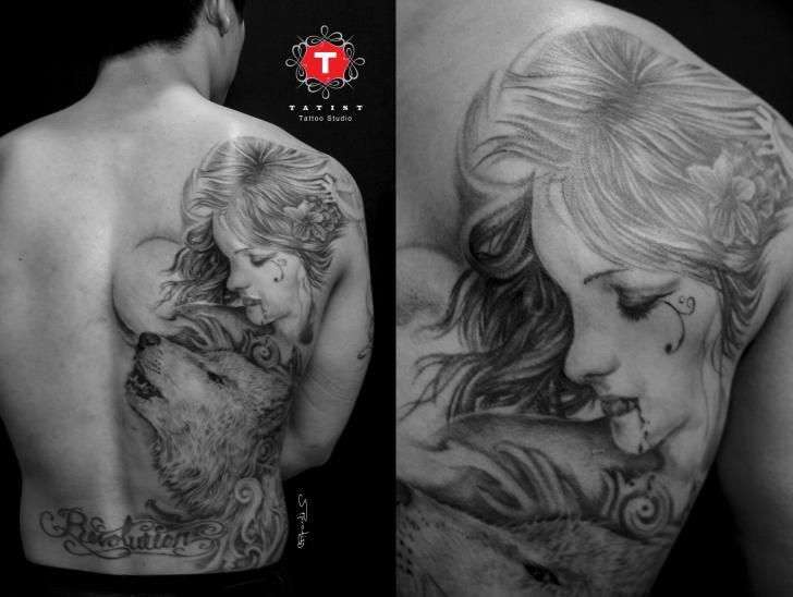 Tatuaje Hombro Mujer Espalda Lobo Por Tatist Tattoo