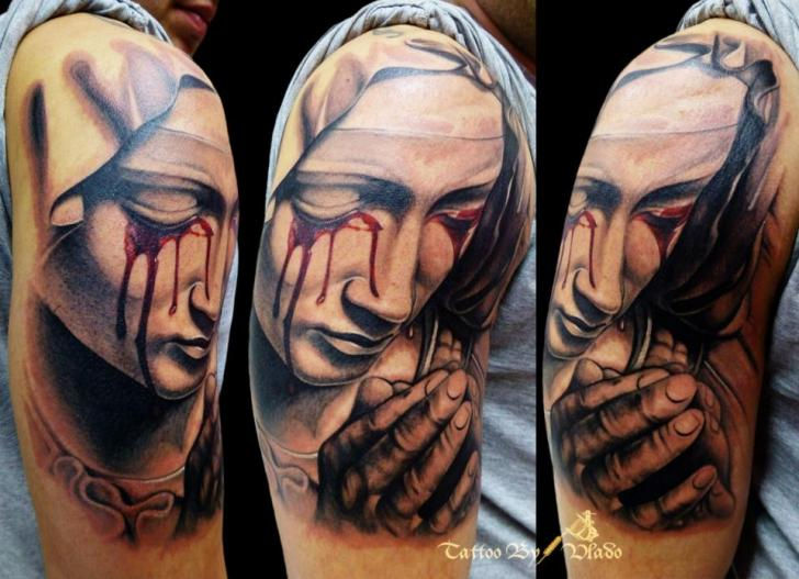 Tatuaje Hombro Religioso Por Tattoo Rascal