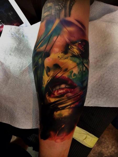 Tatuaje Brazo Mujer Acuarela Por Samuel Potuček Tattoo