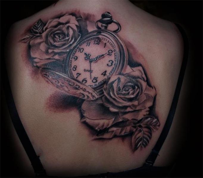 Tatuaje Realista Reloj Flor Espalda Por Aero Inkeaters