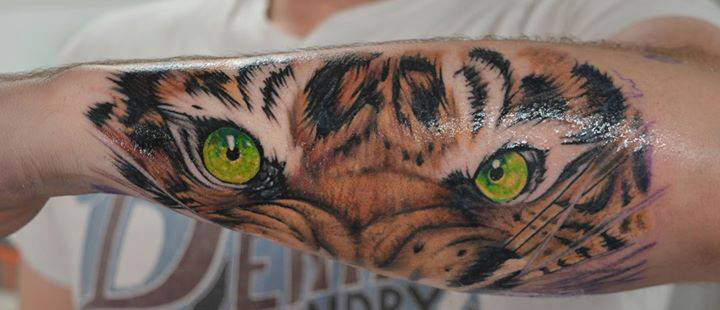 Ojos De Tigre Tatuaje Sfb