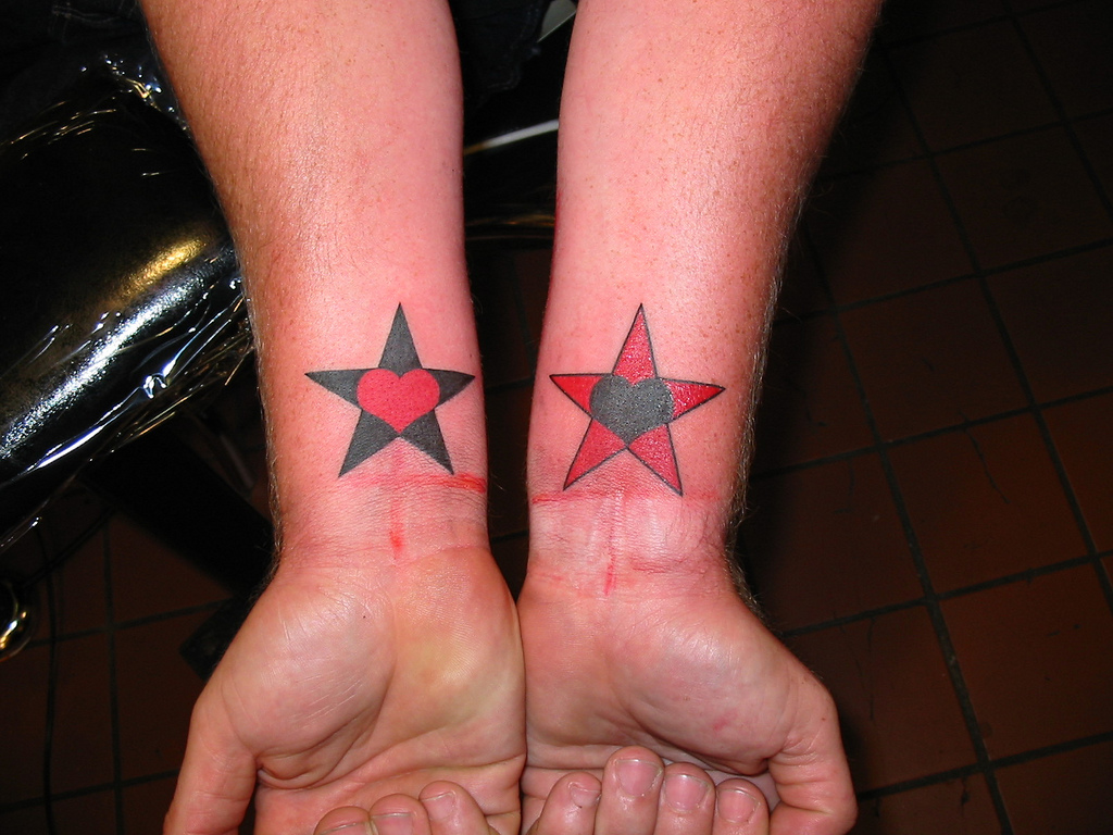 Stars Tattoo Designs On Leg