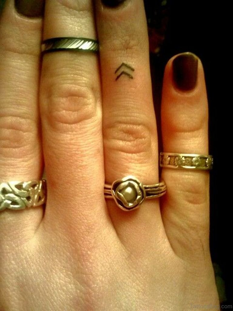 50 Cool Symbols Tattoos For Fingers