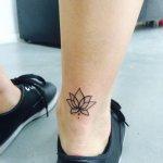 35 Cute Lotus Tattoos On Ankle