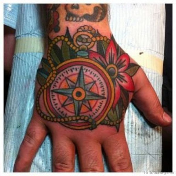 20 Traditional Compass Hand Tattoos Ideas And Designs
