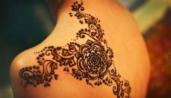 Mehndi Tattoo Temporary : Using henna stencils for temporary tattoos spot
