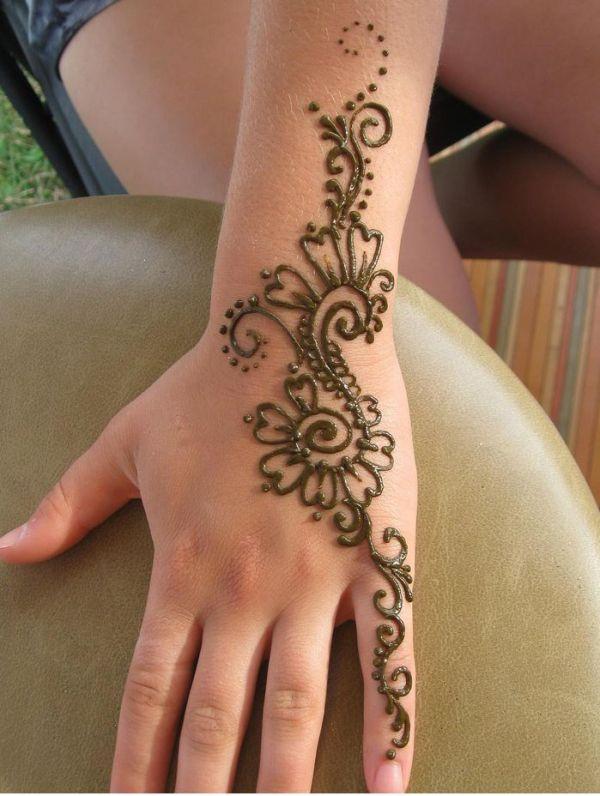 henna tattoo hand and left arm