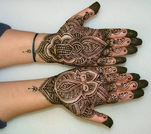 20 Both Hands Henna Tattoos Easy Ideas And Designs