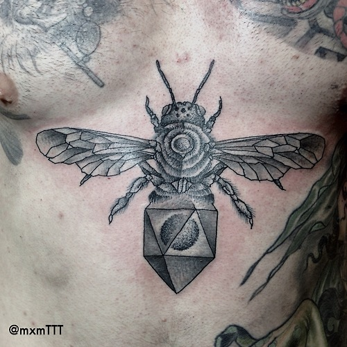 Bee Tattoo Images Amp Designs