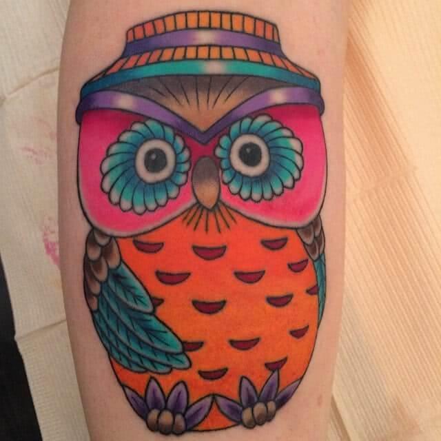 Tattoo Comic Eule mit Hut
