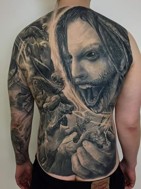 Tattoo Rückentattoo Horror Schlacht