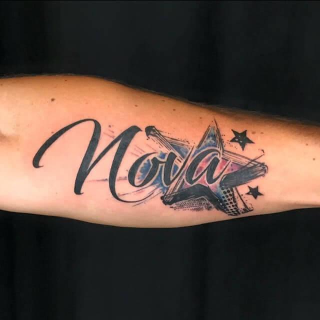 Tattoo Stern mit Schrift