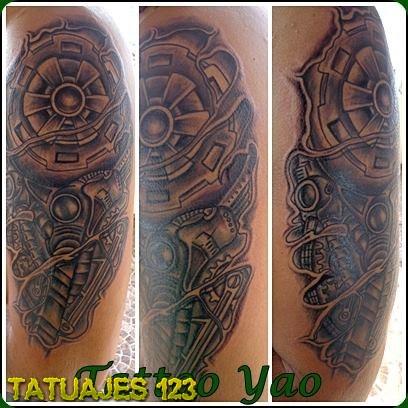 Brazo Biomecanico Tatuajes 123