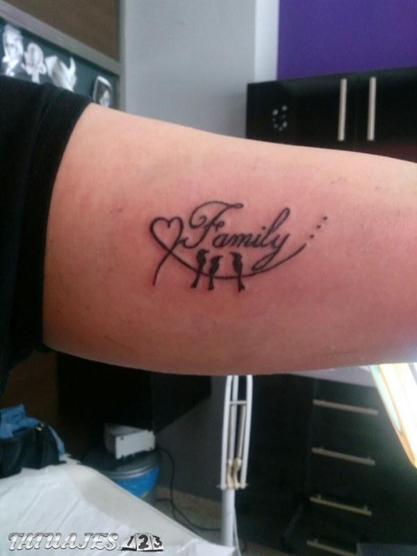 Familia Corazón Tatuajes 123