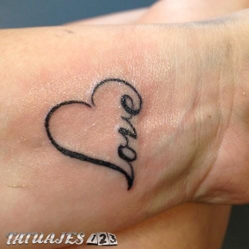 Tatuajes Formados Por Corazones Y Letras Tatuajes 123