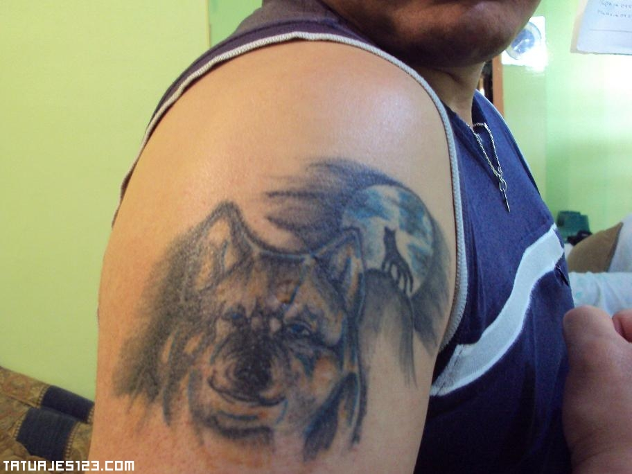 Tatuaje De Un Lobo En El Hombro Tatuajes 123