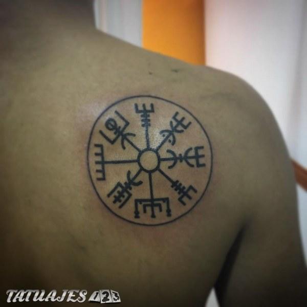 Símbolo Nórdico Tatuajes 123
