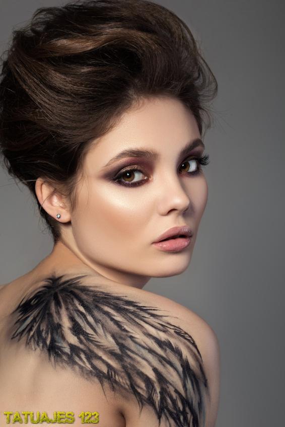 Tatuaje Para Mujer Que Cubre El Omóplato Tatuajes 123