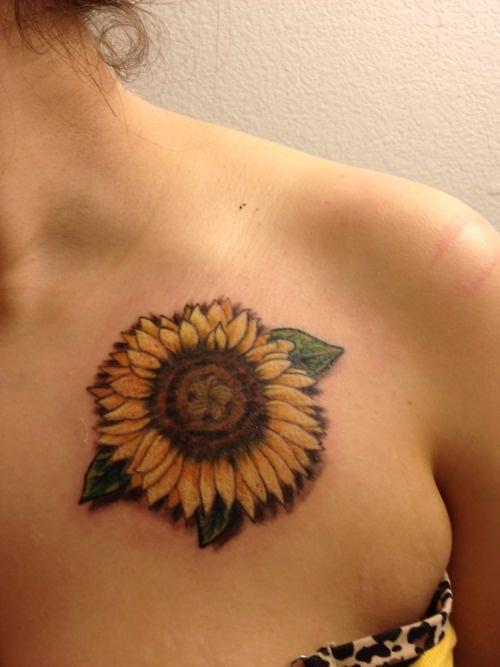 Flor De Girasol Tatuajes Para Mujeres