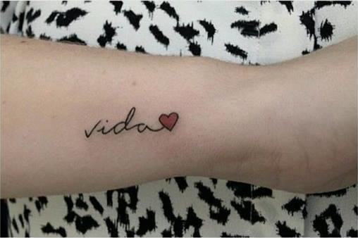 Frase Vida Amp Coraz 243 N Tatuajes Para Mujeres
