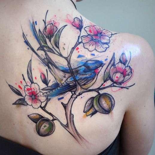 111 Artistic And Striking Flower Tattoos Designs: Flores Y Ave Estilo Acuarelas
