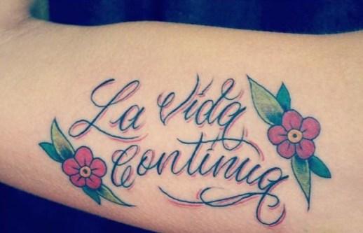 Frase: La vida continúa