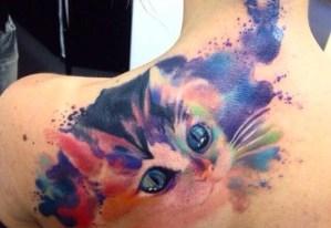 Gato en acuarelas por Borà Tattoo Studio