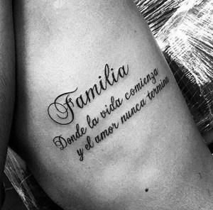 Frase: Familia donde la vida comienza y el amor nunca termina