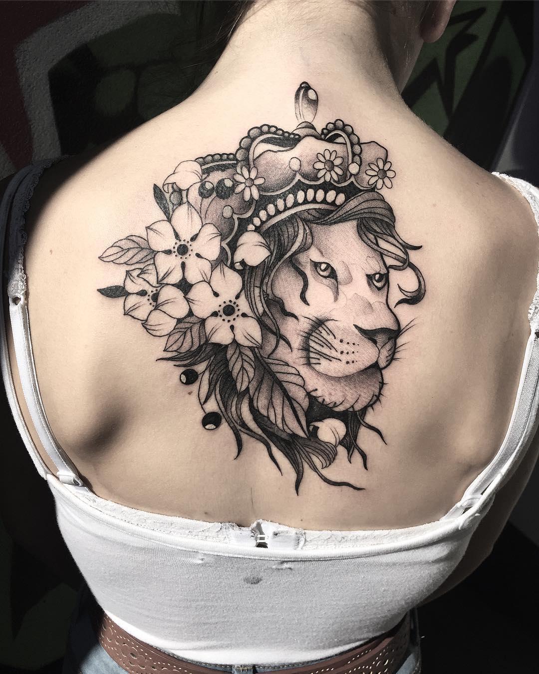 El Rey León Tatuajes Para Mujeres