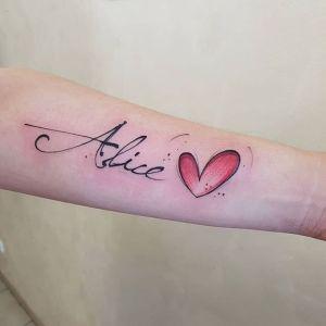Nombre: Alice y corazón