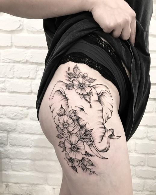 Elefante con flores por Terryemi Tattoo