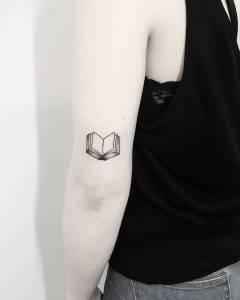 Libro por Terryemi Tattoo