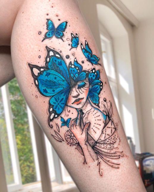 Mujer con mariposas en la cabeza por Robson Carvalho