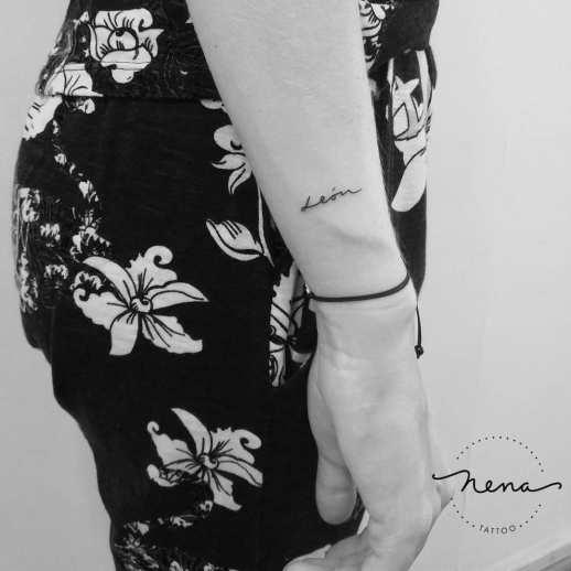 Nombre: León por Nena Tattoo
