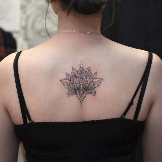 Flor de loto por Tattooist Grain
