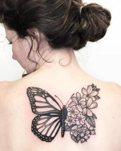 Metamorfosis de una mariposa por Kerry Burke Tattoos