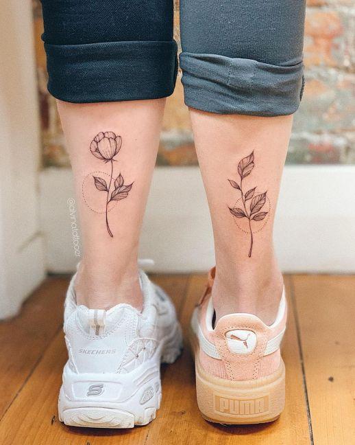 Flor y pimpollo de amistad
