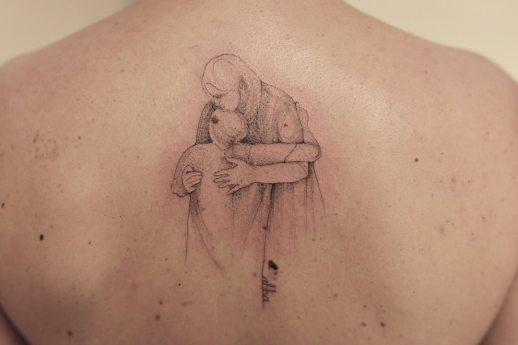 Padre e Hijo abrazados por Luiza Oliveira
