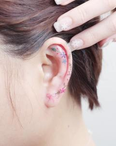 Lazo y flores por Mini Tattoo