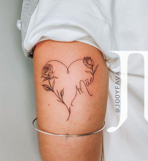 Frase: Mãe formando un corazón con flores rosas por Jooy Fava